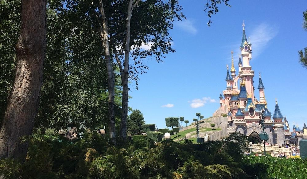 Travailler à Disneyland Paris : mon expérience