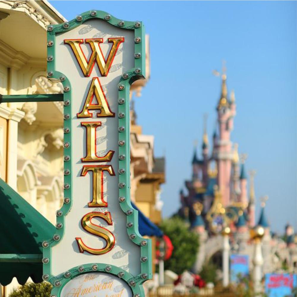 Gagner du temps à Disneyland Paris : se restaurer