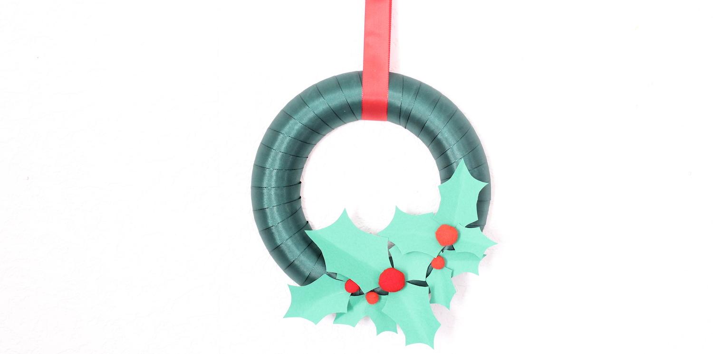 Joyeux Noël | DIY ta couronne de houx en papier