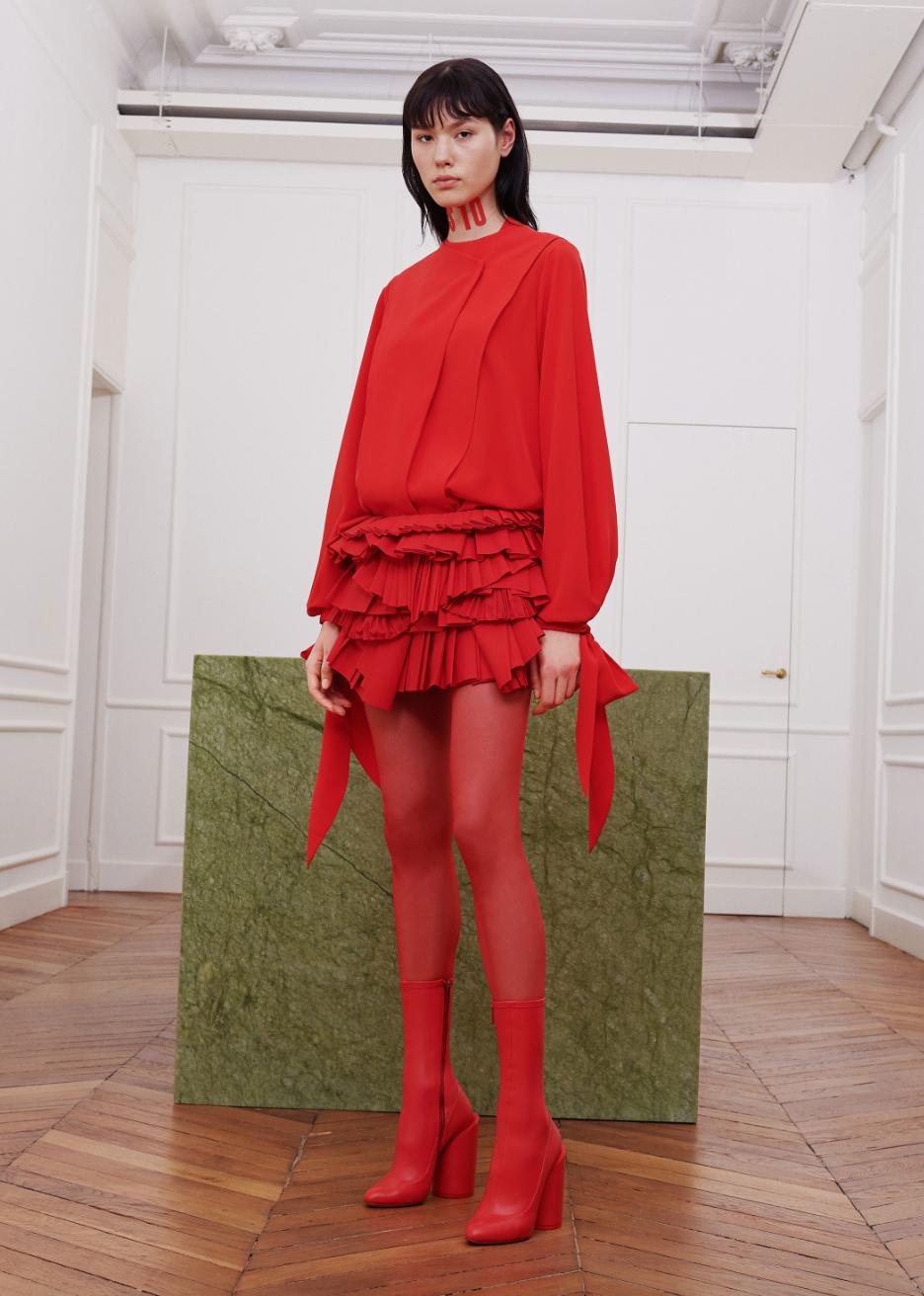 shop la tendance automne hiver 2017 2018 le rouge. Black Bedroom Furniture Sets. Home Design Ideas