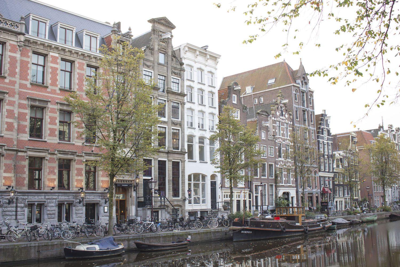 Conseils pratiques et astuces pour organiser son voyage à Amsterdam